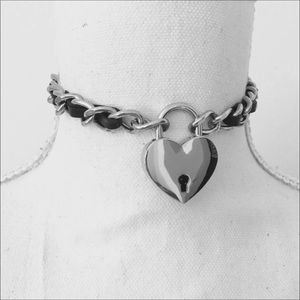 Jewelry - Heart Lock Choker